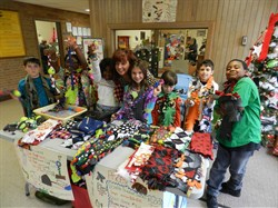 Sunview Third Graders Creatively Raise Money by Selling Pet Supplies!