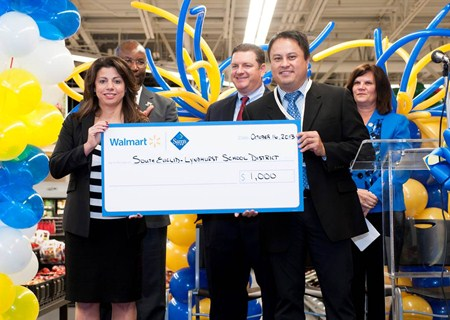 South Euclid Lyndhurst Schools Receives $1,000 Grant from Walmart!