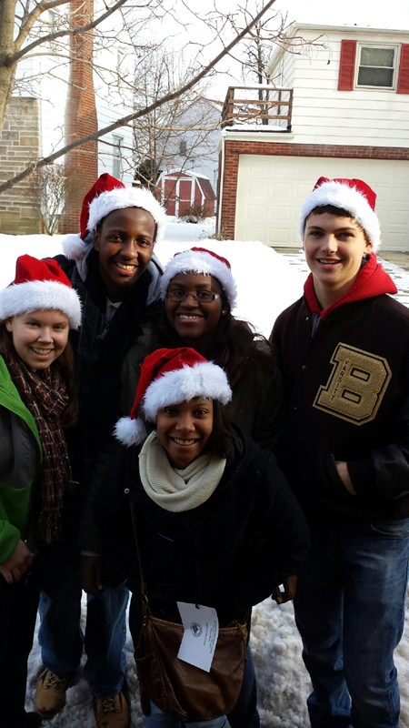 Brush Sponsors Holiday Family Drive for South Euclid Lyndhurst Residents