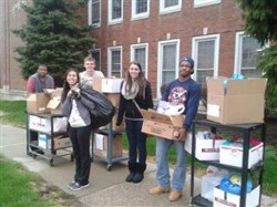 Brush National Honor Society Students Lend a Helping Hand to Cleveland DVCAC