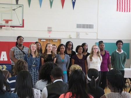 Memorial Hosts 7th Grade Honors Breakfast