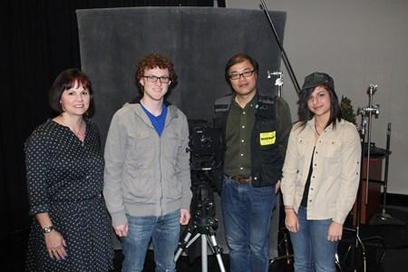 Brush High School Hosts Portrait Workshop by International Artist