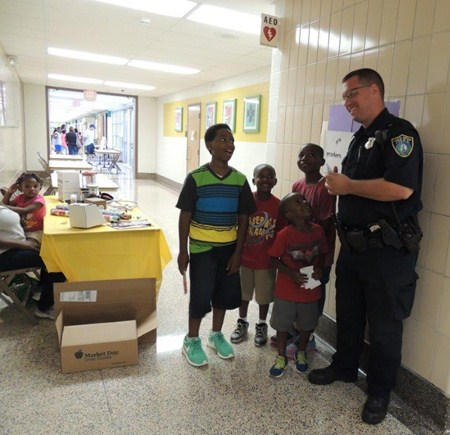 South Euclid Police Officer Visits Greenview on Back to School Night