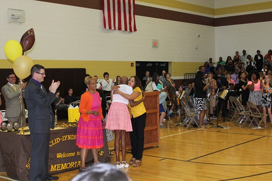 8th Graders Recognized at Awards Assembly