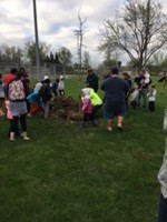 Sunview Students Celebrate Earth Day with Ceremonial Tree Planting image